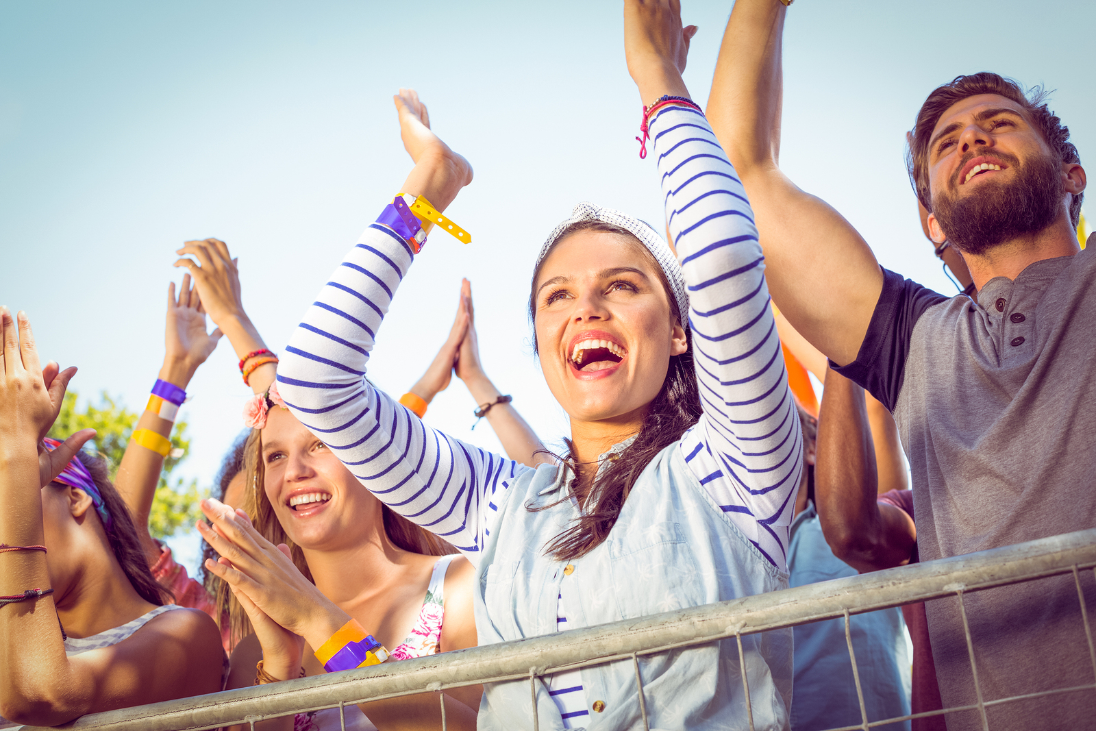 5 Tips to Stay Healthy During Summer Festival