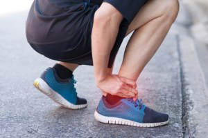 The Difference Between a Sprain vs. Fracture