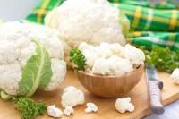 eating cauliflower